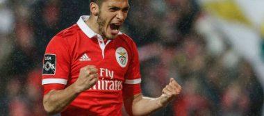 Raúl Jiménez, entre los mejores jugadores de la Premier League