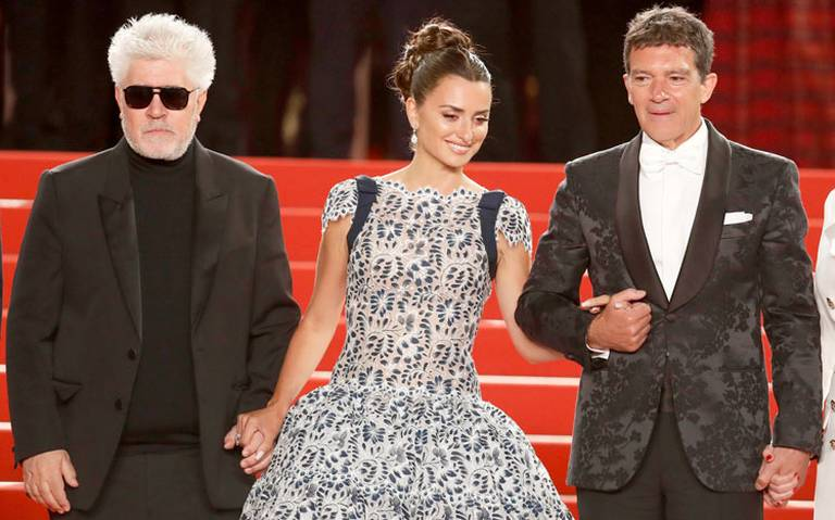 Pedro Almodóvar convence a Cannes