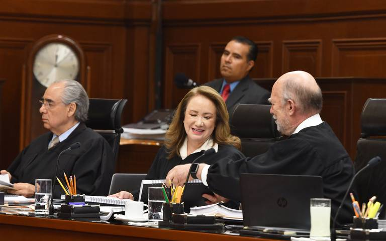 Defienden tope salarial sólo tres ministros de SCJN