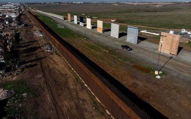 Juez bloquea plan de Trump de construir muro fronterizo