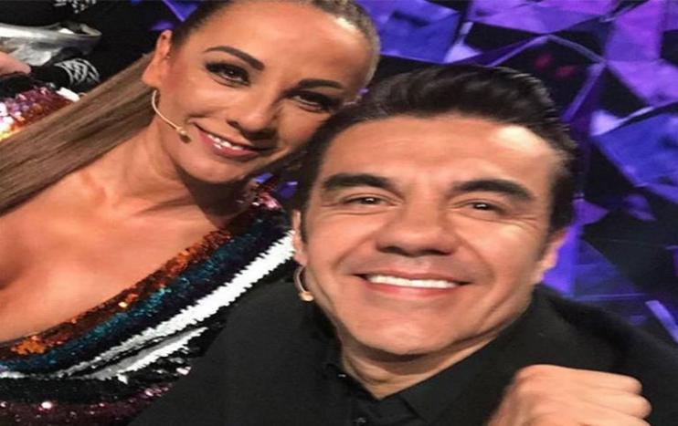 Adrián Uribe y Consuelo Duval harán pareja en película Infelices para siempre