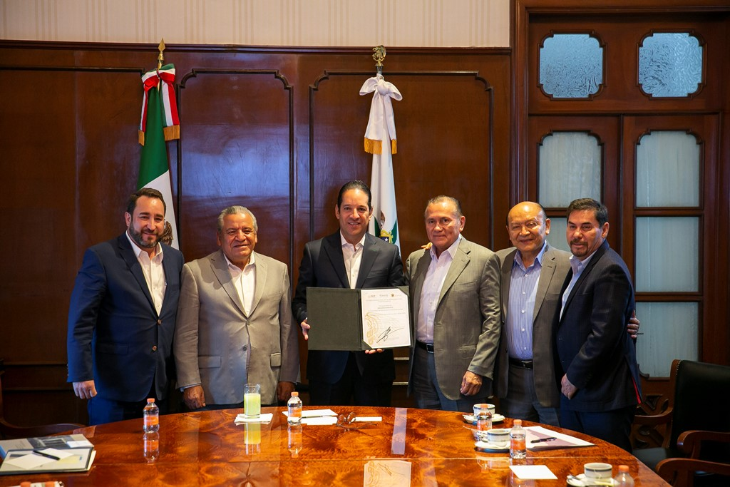 Gobernador de Querétaro consolida acuerdos con CONALEP e INIFED en beneficio de la educación