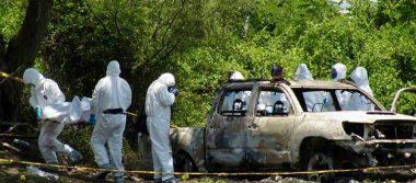 Hallan cinco cuerpos calcinados dentro de camioneta en Uruapan, Michoacán