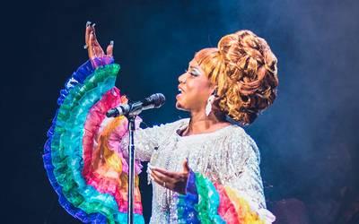 ¡La reina tiene tumbao! Ella es la protagonista del musical de Celia Cruz
