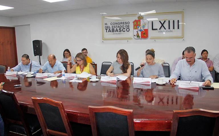 Buscan reducir en Tabasco número de regidores a 85