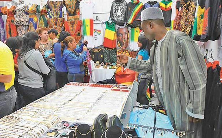 Se muda a Los Pinos Feria de las Culturas Amigas