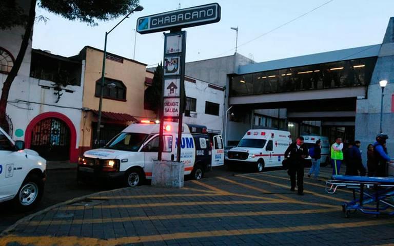 Cortocircuito en Metro Chabacano deja 3 heridos