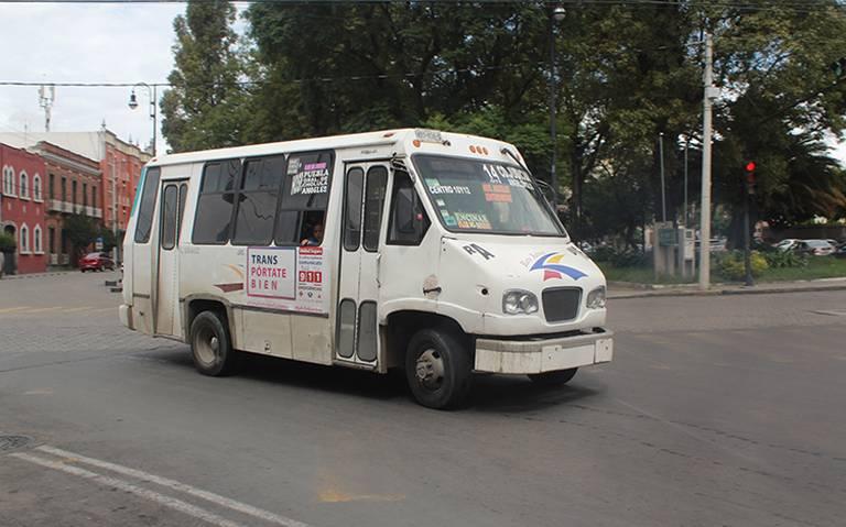 Microbuseros exigen aumento de tarifa; amenazan con realizar paro