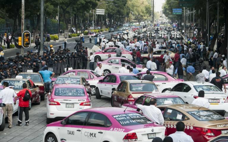Estos son los puntos que taxistas planean bloquear este lunes