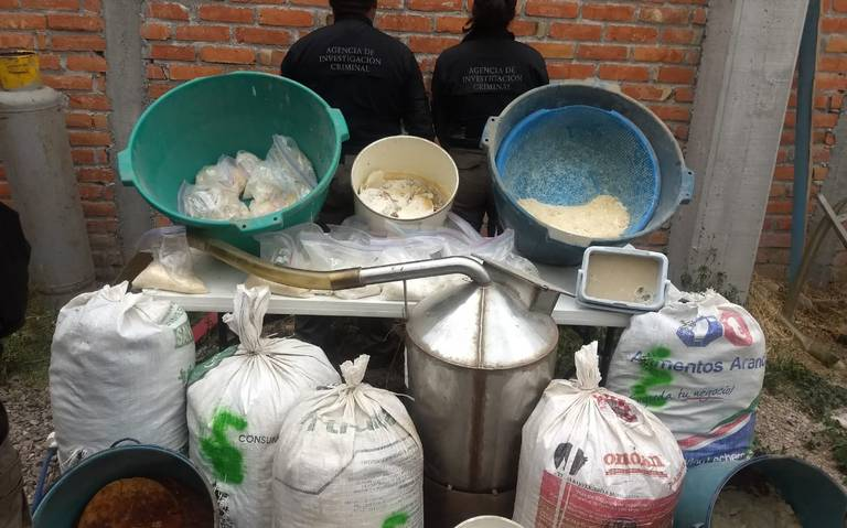 Aseguran laboratorio clandestino en Teocaltiche, Jalisco