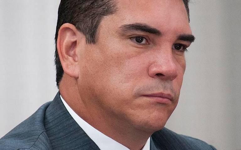Gobernador de Campeche solicita licencia para separarse del cargo