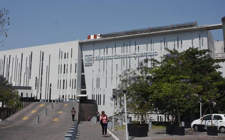 Hospital del ISSSTE en Querétaro, sin elevadores y medicamentos