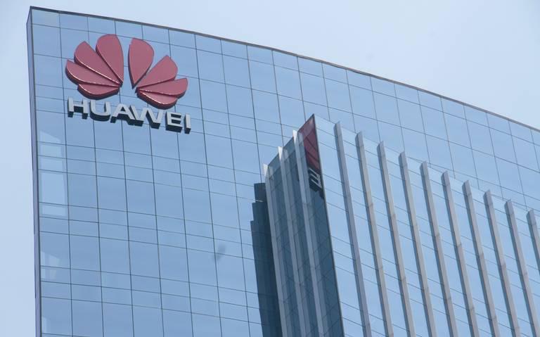 Caen 40% las ventas de teléfonos Huawei fuera de China
