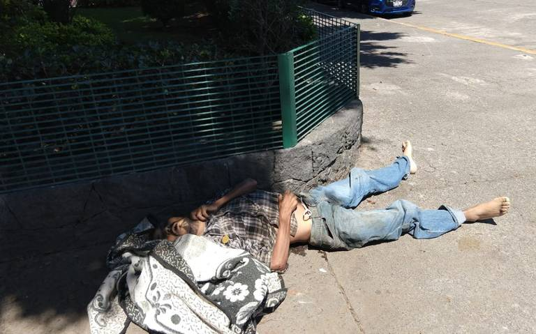 Indigente muere cerca del Metro Observatorio