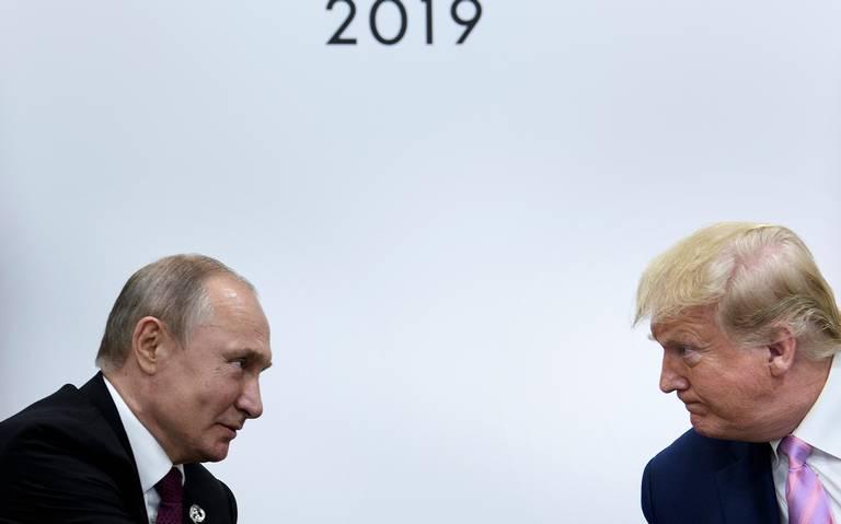 Trump pide a Putin que no interfiera en las elecciones de EU