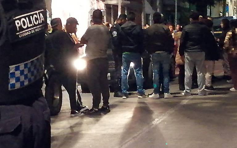Asesinan a padre e hijo frente a su domicilio en la Cuauhtémoc