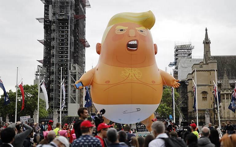 """""""Baby Trump"""" sobrevuela Londres como protesta contra el presidente de EU"""