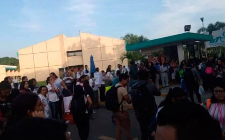 Manifestación en la UTCV; acusan presunto nepotismo de Zenyazen
