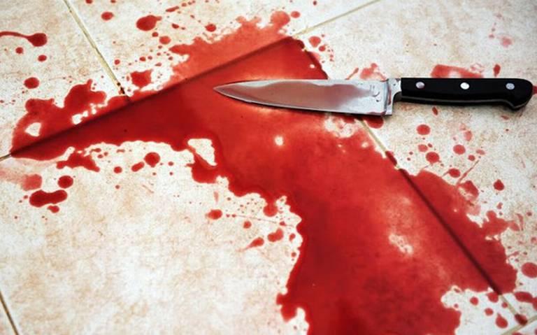 Pareja de mujeres mutilan miembro de su hijo y lo matan apuñaladas