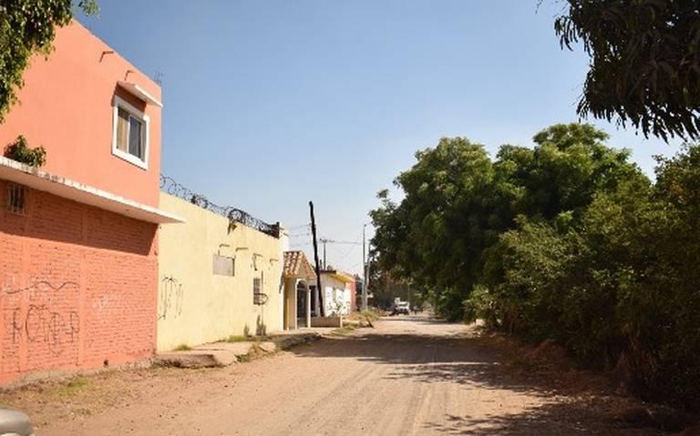 Piden vecinos mayor vigilancia y prevención ante inundaciones en el Fraccionamiento Jacarandas