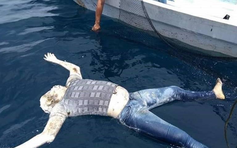 Descubren cuerpo flotando en playas de Pinotepa Nacional, Oaxaca