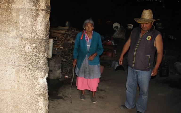 Gobiernos pasan y seguimos igual de pobres: habitante de San Miguel Espejo