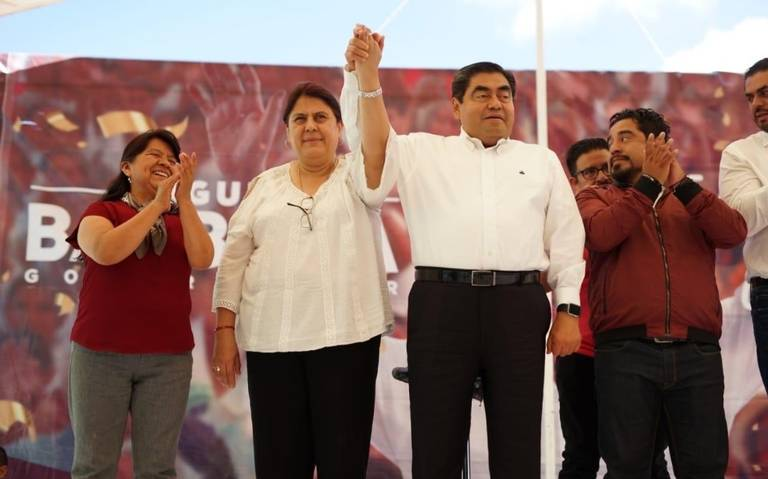 Retirará Barbosa escoltas a exgobernadores de Puebla