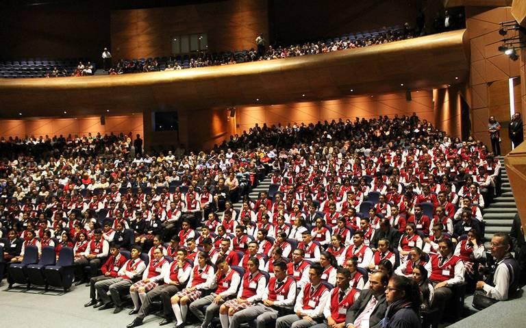 Más de 9 mil alumnos del Cobach, recibieron su certificado de nivel medio superior