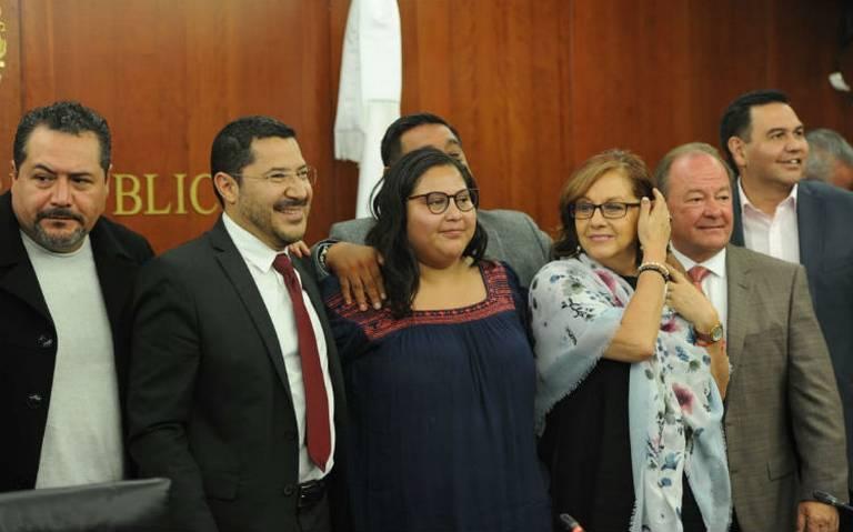 Atentado con libro bomba fue contra los poderes del Estado: Citlalli Hernandez