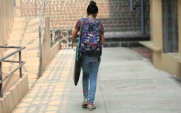 Viene el sacrificio de padres; lo que cuesta que hijos estudien la universidad