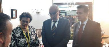 Otorgan presea Alfredo La Mont a Bertha Luján, Presidenta del Consejo Nacional de MORENA
