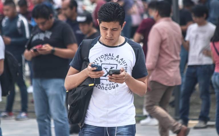 Prohibirán venta de celulares en tianguis de la capital