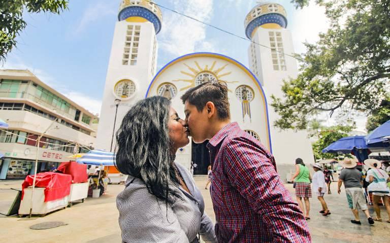 Comunidad lesbico-gay confía en que se aprueben bodas igualitarias en Guerrero