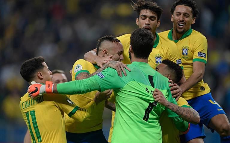 Brasil entrena con cuatro ausencias a días de la final de la Copa América