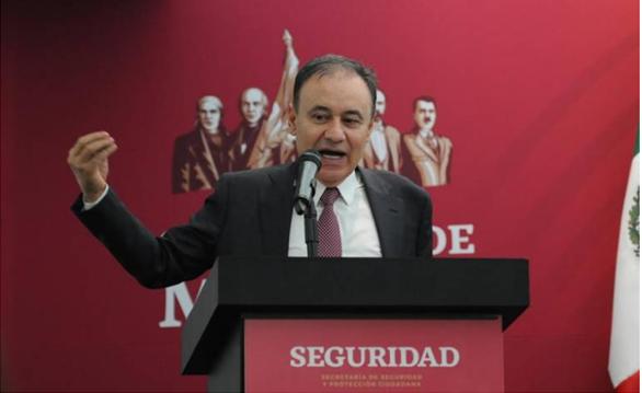 Es evidente el activismo de Calderón en conflicto de policía federal: Durazo