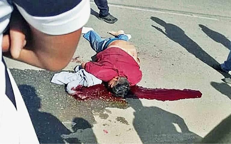 Muere conductor de mototaxi al impactar su unidad