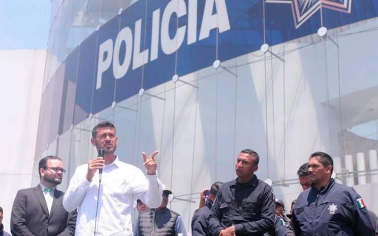 """Policías federales rechazan propuesta del gobierno; habrá mesa de """"despido digno"""""""