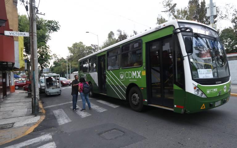 Multarán a Volvo por incumplir entrega de autobuses a la RTP