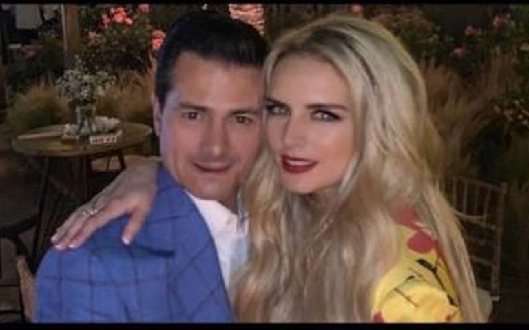 ¡Ya no esconden su amor! Tania Ruiz presume fotos con su novio EPN