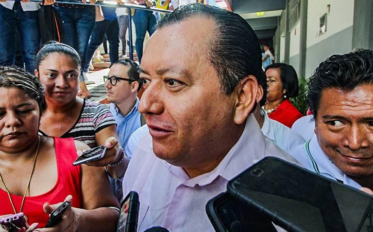Alumnos amenazan a docentes y directivos de la UAGro por calificaciones aprobatorias: Javier Saldaña