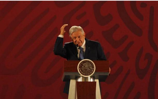 Reprocha AMLO al FMI baja perspectiva: sus parámetros no sirven
