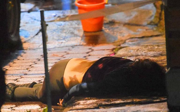 De profunda puñalada al corazón asesinan a mujer en Tlalpan