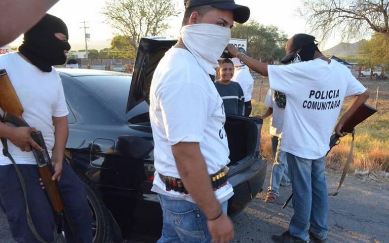 Extraviadas 180 armas de autodefensas en Michoacán