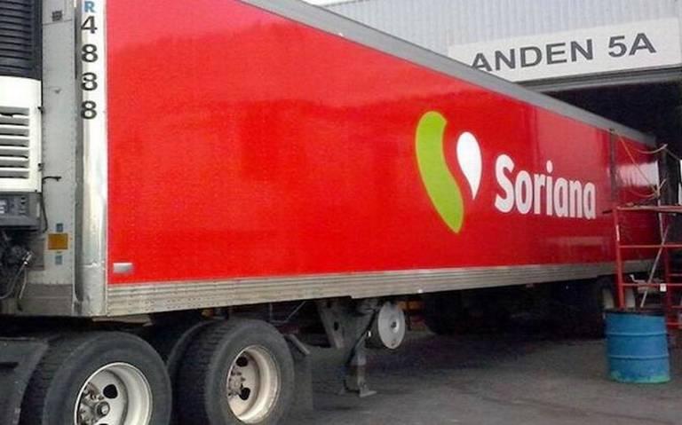 Camión de migrantes utilizó logotipos falsos de la tienda Soriana