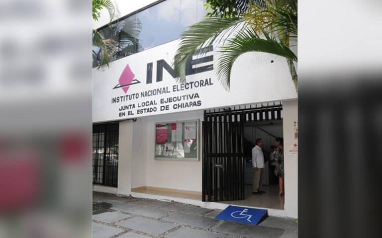 Niega INE emitir credenciales falsas