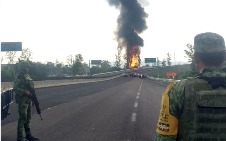 Reportan explosión en ducto de Pemex en Celaya