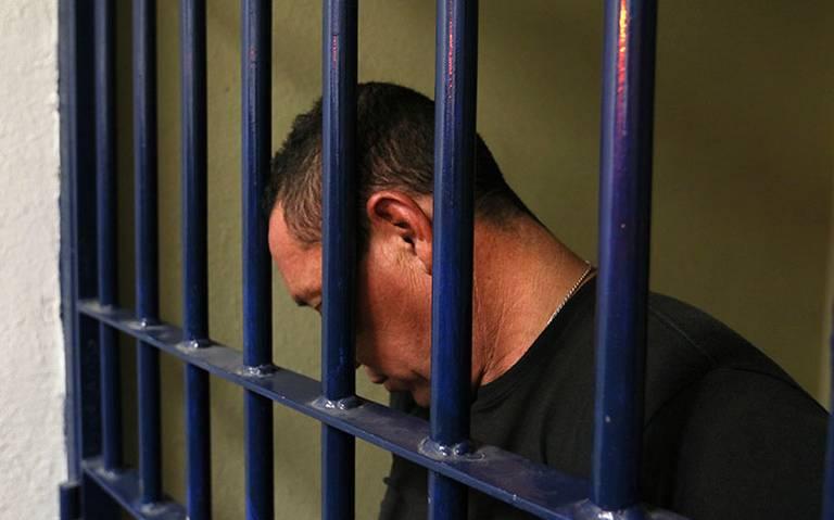 AMLO analiza enviar iniciativa para conceder indultos a presos políticos