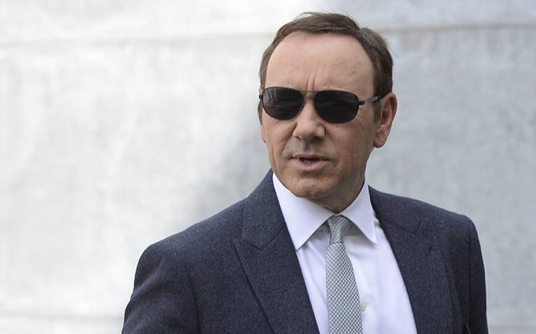 Acusador de Kevin Spacey retira cargos de agresión sexual contra el actor