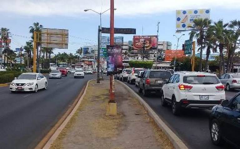 Recomiendan acatar señales de tránsito para evitar accidentes en Mazatlán