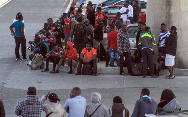 Redadas masivas contra migrantes comenzarán el domingo: NYT